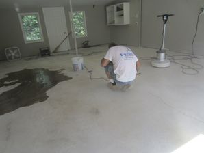 Before & After Garage Floor Epoxy Coating in New Haven, CT (2)